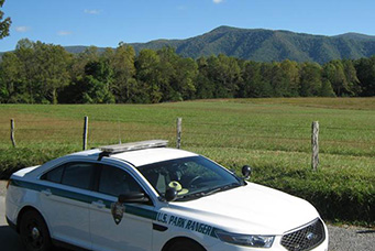 patrol car cades cove